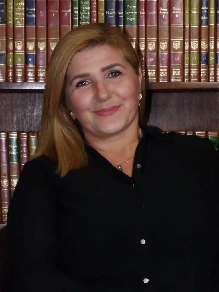 Isabel Cristina Rocca Sol Szczerbowski